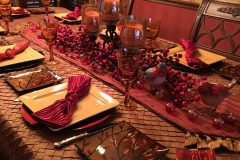 Holiday Dinner Table - Holiday Decorations in Omaha, NE | Vickie Lea Designs