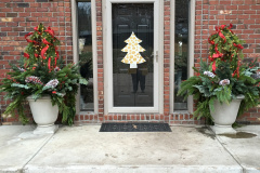 Outdoor Holiday Decorations  - Holiday Decorations in Omaha, NE | Vickie Lea Designs